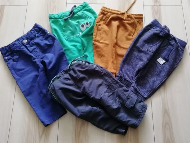 Spodnie chłopięce rozmiar 74