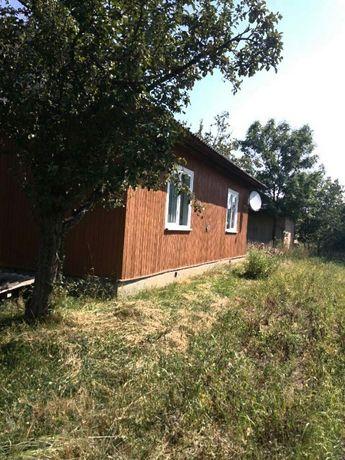 Продається будинок з земельною ділянкою 12 сотих в смт.Перегінське.