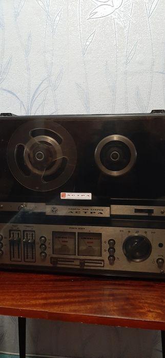 Продам касетный магнитофон астра 209 Запорожье - изображение 1