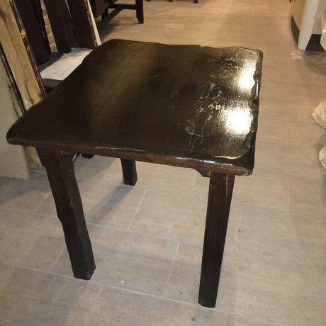 Продам комплект мебели из Дуба (стол с лавками)