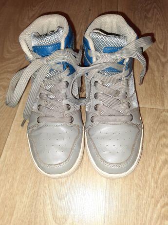 Ботинки  33 размер демесезонные