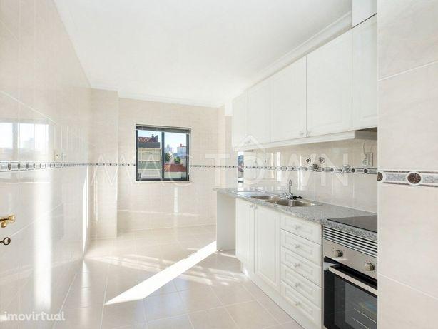 Apartamento T2 em Marvila como Novo!