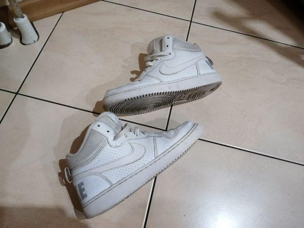 Nike. Juniorskie  skórzane. buty COURT BOROUGH MID (GS).roz.38,5