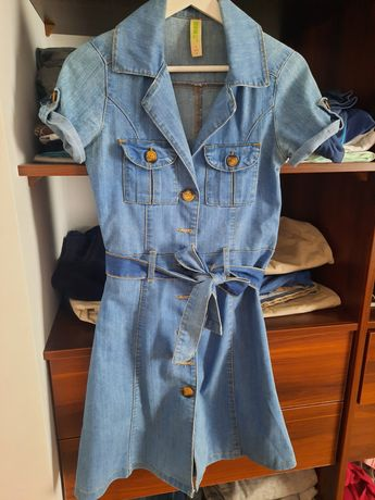 Jeansowa niebieska sukienka szmizjerka pasek denim co