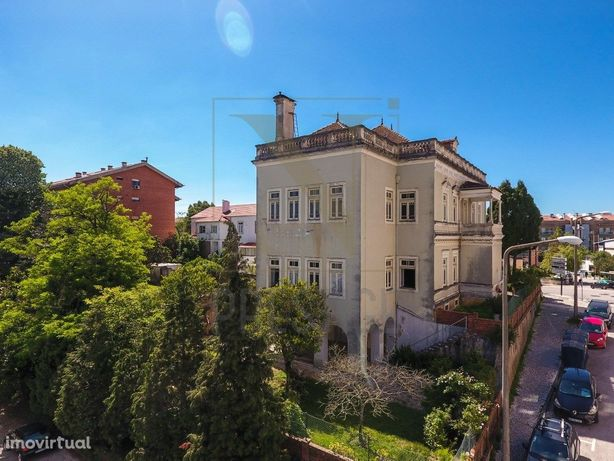 Moradia exclusiva em zona nobre de Coimbra