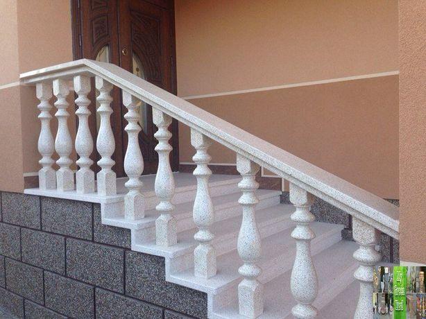 балясини для пeрил балконів колони