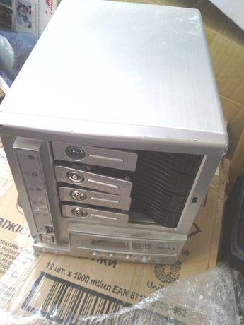 NAS на 4 HDD Thecus N4100Pro / Terra NASBox 4