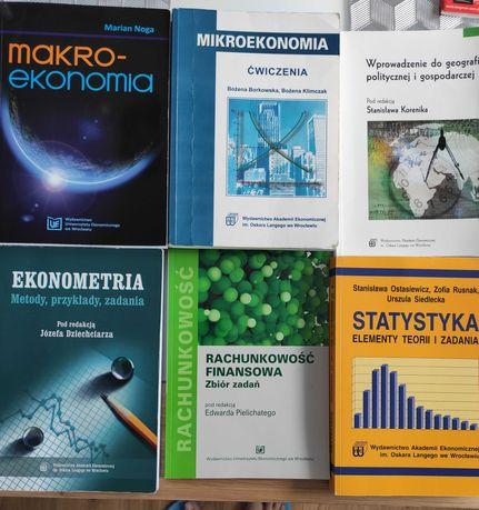 Statystyka, makroekonomia, ekonometria, rachunkowość finansowa