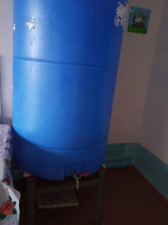 Бочка для воды пластиковая 1 куб.