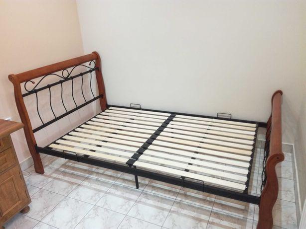 Łóżko  venecja w idealnym stanie + materac