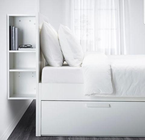 Sprzedania łóżko używane,
