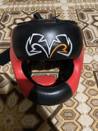 Боксёрский шлем с бампером rival