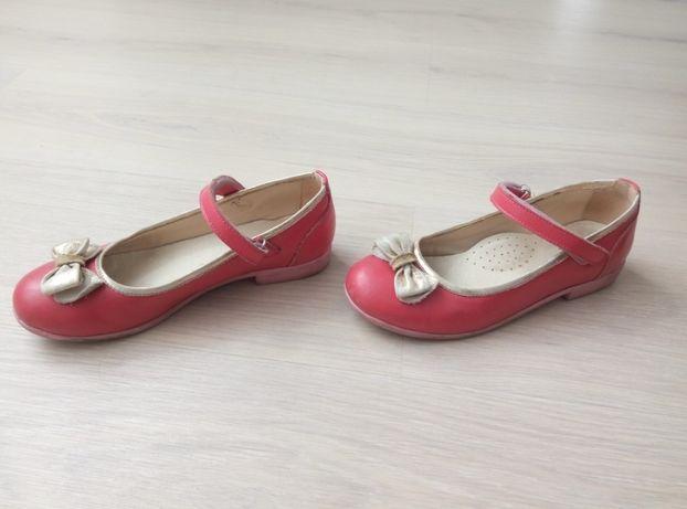 Школьные туфли на девочку кожаные 34 размер