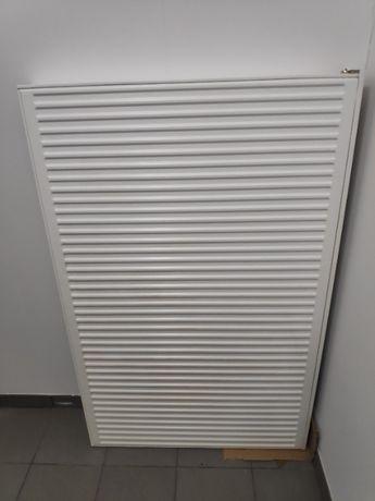 Grzejnik stalowy, dolny 140 x 90 x 10 cm