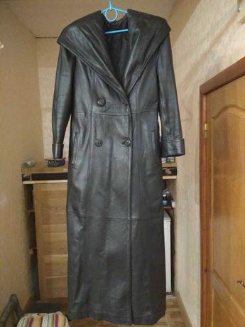 Пальто жіноче з натуральної шкіри