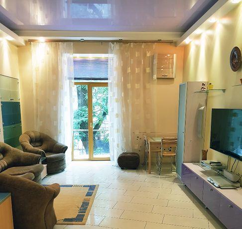 2-х комнатная 80 м2 квартира в историческом центре Одессы