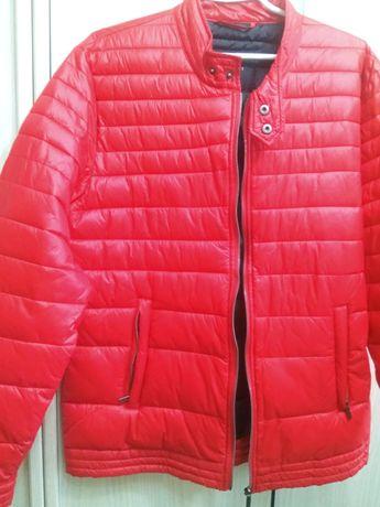 Красная мужская куртка ветровка, размер 48-50