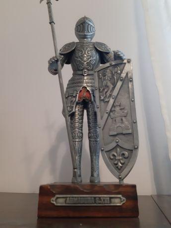 Estatueta cavaleiro antigo