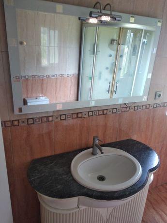 Móvel e Espelho de wc
