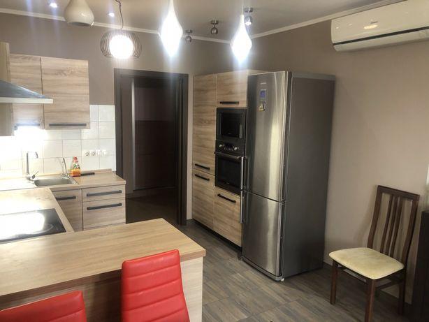 Аренда 3к квартиры на Драгоманова 40Е.