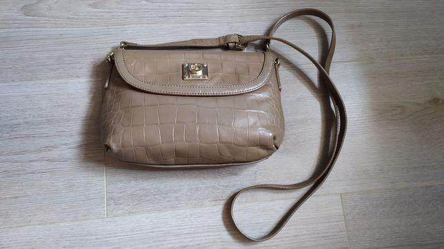 Оригинальная кожаная сумка DKNY.