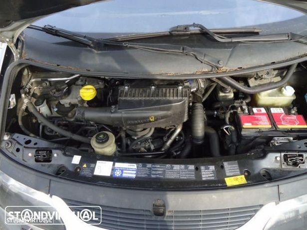 Motor Renault Espace III 2.2Dci 130cv G9T710 Caixa de Velocidades Automatica + Motor de Arranque  + Alternador + compressor Arcondicionado + Bomba Direção