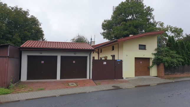 posesja do adaptacji na mieszkanie- garaz -uslugi -handel