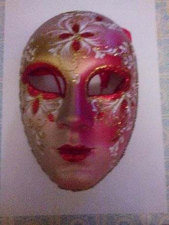 продам маску карнавальную италия