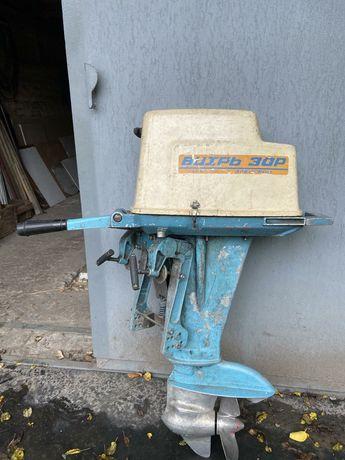 Продам лодочный мотор Вихрь 30