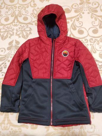 Демесезонная куртка на флисе