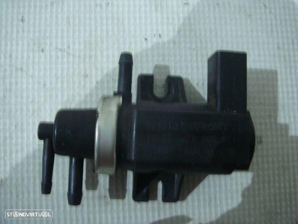 Válvula Solenóide / Conversor Pressão Vácuo Volkswagen Golf Iv (1J1)