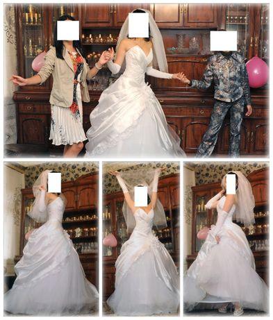 Продам свадебный комплект