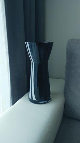 Wazon czarny szklany