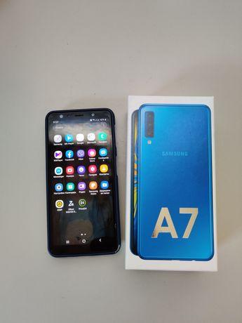 Смартфон Samsung А 7 почти новый