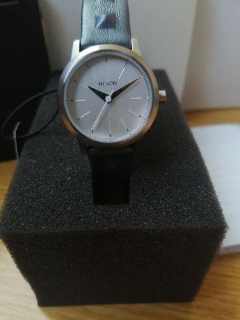 Часы женские наручные американские Nixon Watch Omega,кожанный ремешок