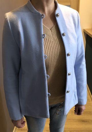 Płaszcz jasnoniebieski, baby blue
