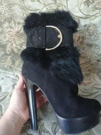 Продам зима ботинки и босонижки