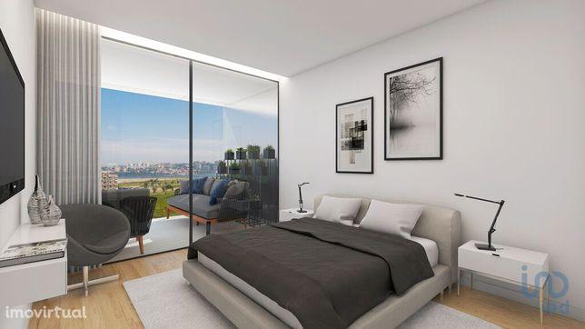 Apartamento - 96 m² - T2