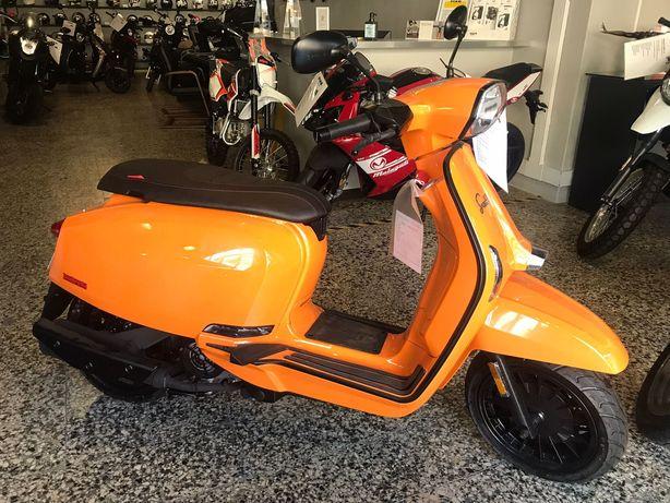 Lambretta a mitica scooter de Milão