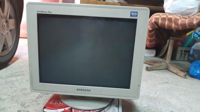 Монітор Samsung