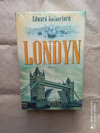 Londyn E Rutherfurd