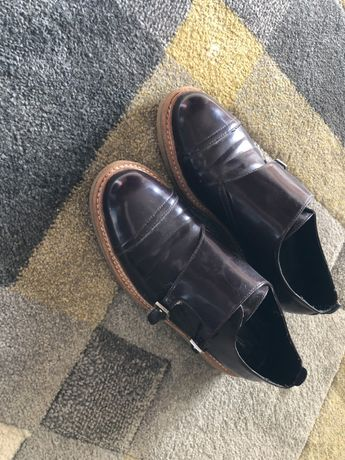 Sapato bordaux da zara