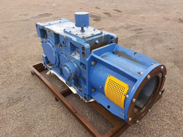 motoreduktor duży waga około 1500 kg motoreduktor przenośnik
