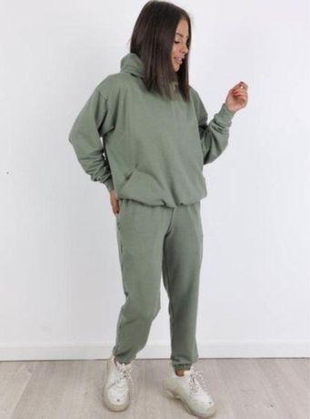 Спортивный костюм женский хаки