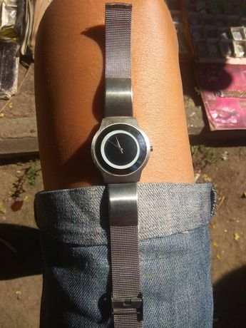 Продам фирменные наручные часы SUBARU