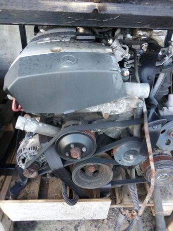Silnik + skrzynia biegów Mercedes W203 2.0 benzyna