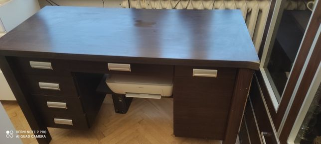 Sprzedam piękne biurko masywne