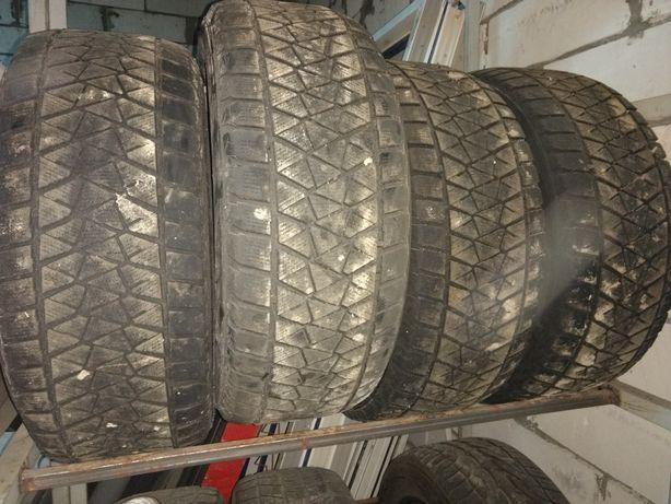 Зимние шины Bridgestone blizzak 286/60/r18 116r