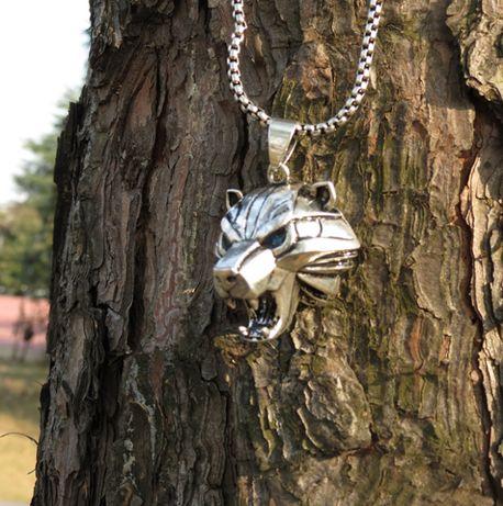 Medalion WIEDŹMIN Szkoła Niedźwiedzia Amulet Geralt NOWY Dziki Gon