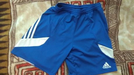 Spodenki adidas niebieskie